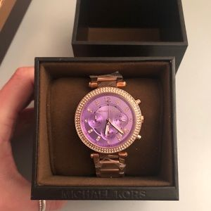 Michael Kors: Rose Gold Watch with Purple Face